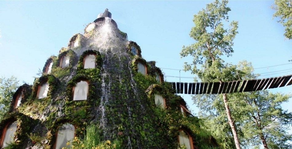"""Magic Mountain Lodge, Chile"""