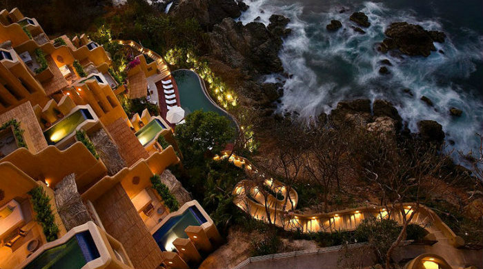 Top 10 Resort Hotels in the World