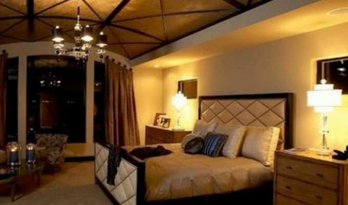 Hotel bedrooms with best ceiling lights