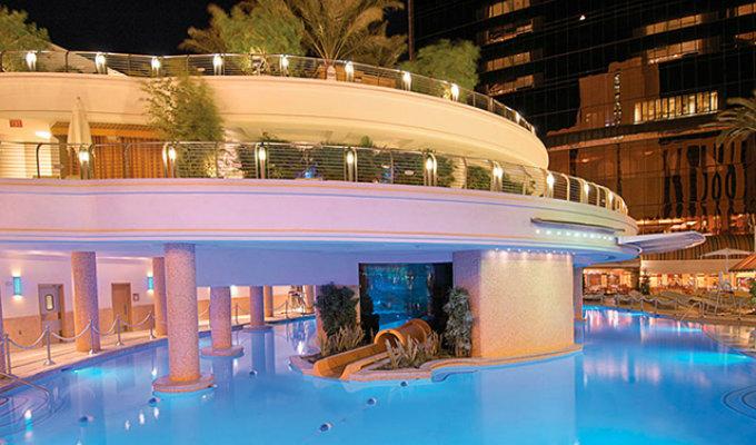 Las vegas hotels swimming pools 2018 world 39 s best hotels for Best swimming pools in las vegas hotels