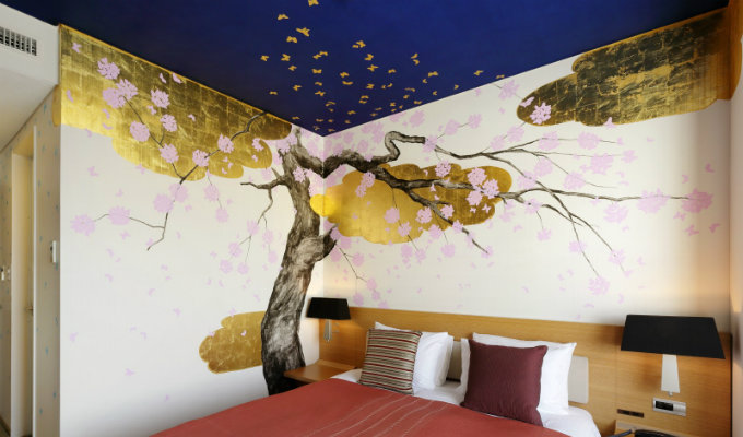 Where to stay when visit the 6th Design Tokyo