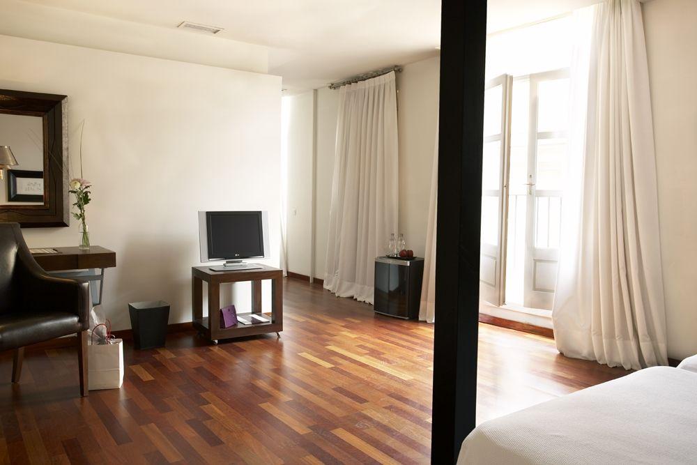 hotel-interior-designs-barcelona-04