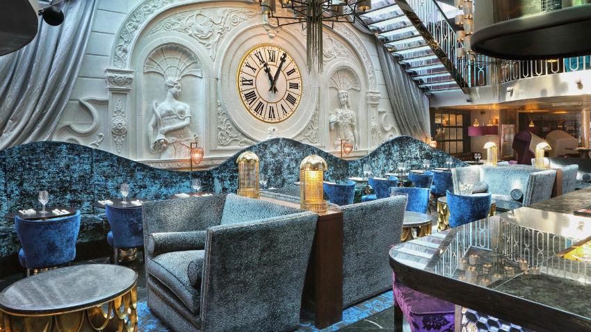 Best restaurants interior design trends at luxury hotels