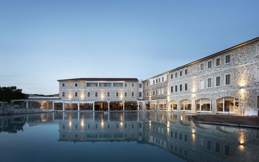 Hotel Terme di Saturnia, A Luxurious Resort Hotel in Tuscany