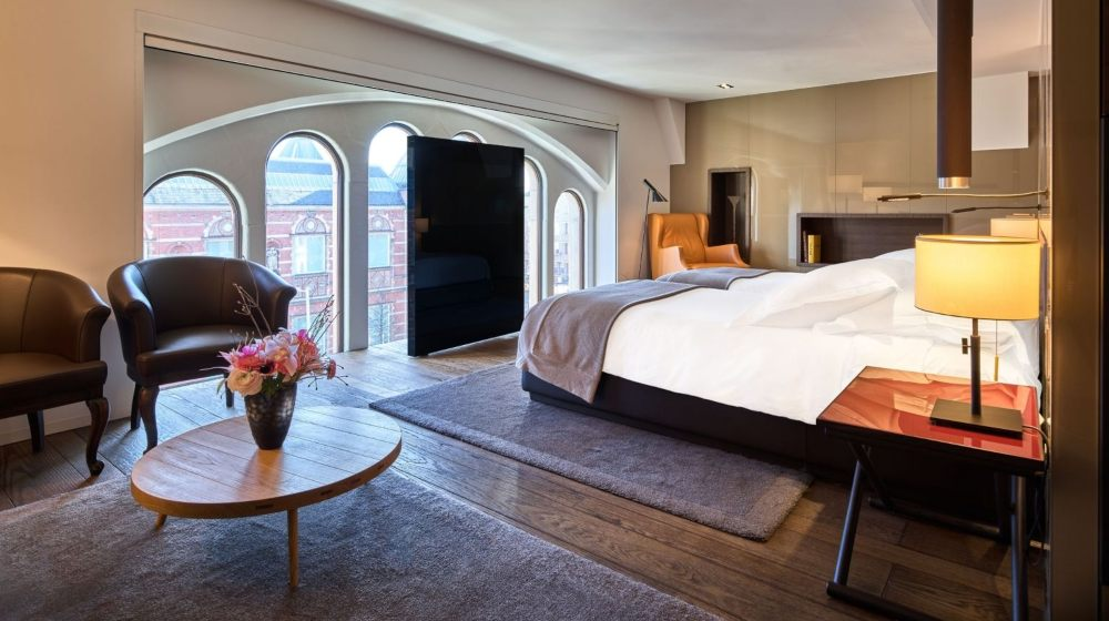 Conservatorium Hotel – Striking and Extravagant Design from Amsterdam